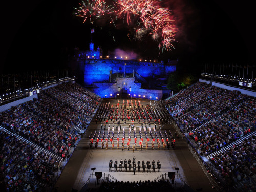 Edinburgh festival city for Royal edinburgh military tattoo