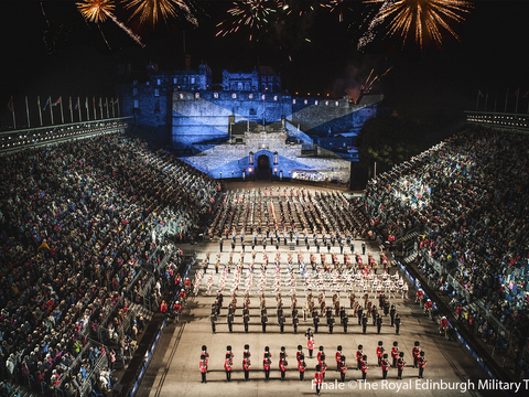Finale (2) %c2%a9the royal edinburgh military tattoo gallery thumbnail